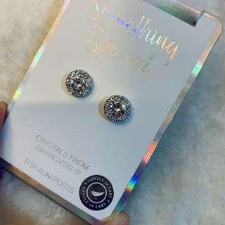 🚚 澳洲LOVISA 飾品品牌 施華洛世奇耳環鑽石 白