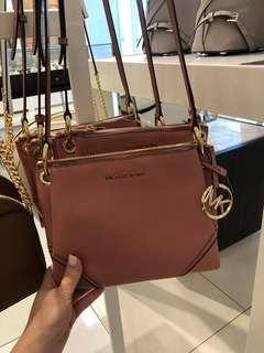 239 LIMITED STOCKS ONLY! Michael Kors Nicole Triple Compartment Crossbody Bag ☆AUTHENTIC☆