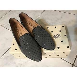 🚚 Brunii 口袋蓋子尖頭中跟樂福鞋