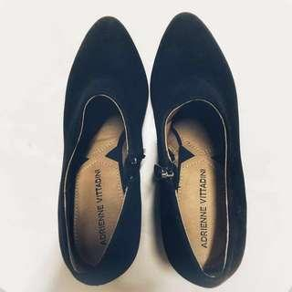 🚚 ADRIENNE VITTADINI 精品女鞋