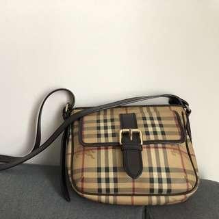 Burberry classic design handbag