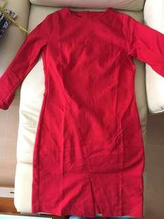 Mango stretchy 3/4 sleeves red dress