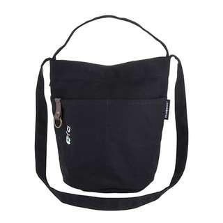 🛍台灣代購 台灣直送 ❤Starbucks [星巴克]黑熊肩背提二用袋