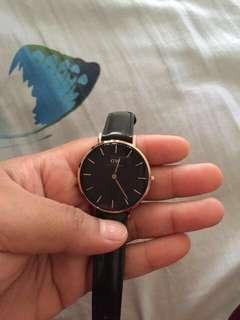 Daniel Wellington original 40mm atau 32mm