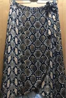 skirt Bershka snake skin print 半身裙 蛇紋
