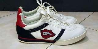 Sepatu Sneakers Charles & Keith