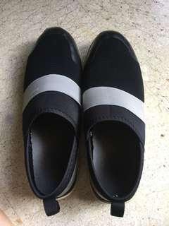 🚚 室內鞋