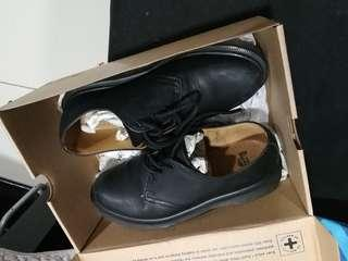 Dr Marten Shoe 1461 PW Black Greasy