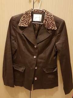 🚚 時髦古著外套