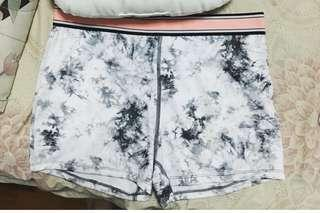 BNWT - forever 21 marble tights shorts size L