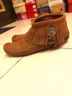 MINNETONKA 流蘇真皮短靴 踝靴 印地安