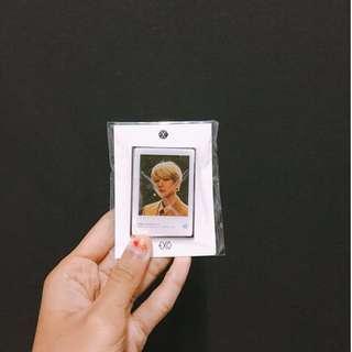 baekhyun's epoxy badge