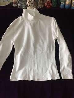 白色棉樽領打底 長袖