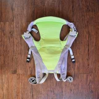 f75a4534df7 Aprica Baby Carrier