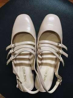 100% AUTHENTIC NO KW: NINEWESR nude flats with straps