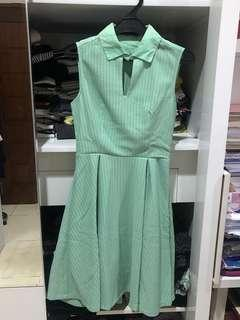 N.Y.L.A green sleeveless dress (with collar)