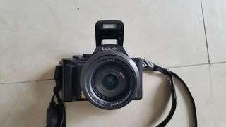 Panasonic DCM Fz10 Digital camera