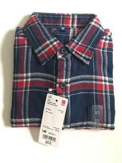 🚚 Uniqlo kids boys long sleeve shirt size 140 & 150