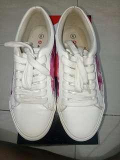 Sepatu Airwalk Julia