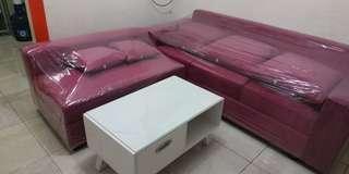 Sofa L pink panta dan meja kayu cat duco