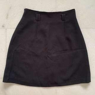 🚚 Black A Line Skirt
