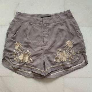 🚚 Casual embroidered shorts