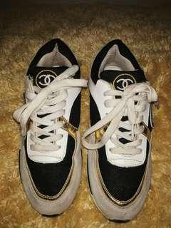 Authentic Chanel sneaker size 40