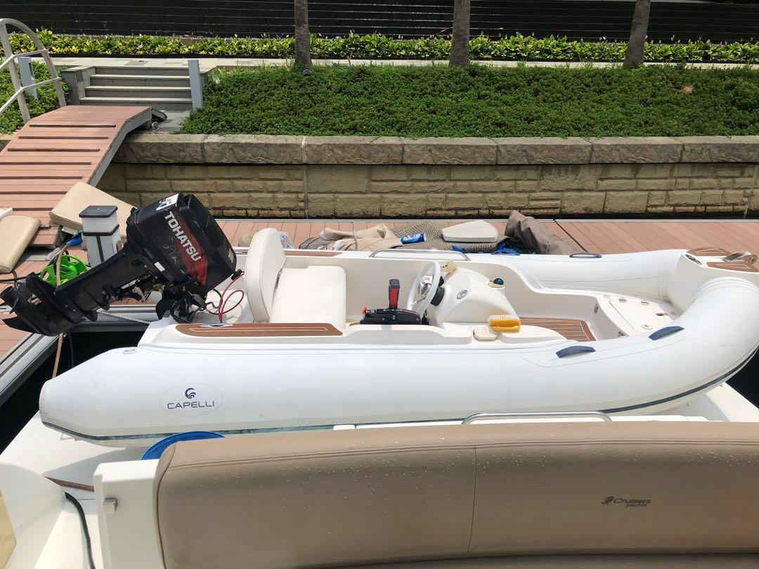 16 feet dingy for sale , 30 hp outboard motor   Like new