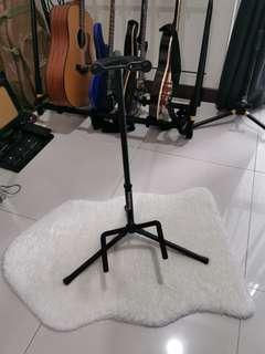 Soundking Guitar Stand
