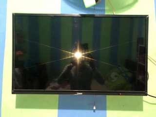 TV LED COOCAA 32 Inch No Nego