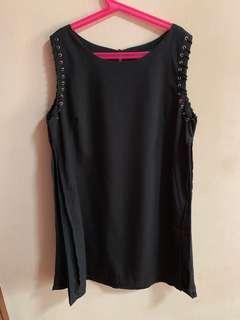 Brandnew YFS black dress