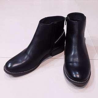 🚚 ✔️二手·專櫃真皮踝靴