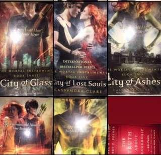 🚚 The Mortal Instruments Series