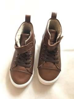 H&M brown winter shoes collection