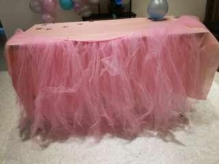 Tutu Skirt table