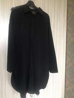 🚚 正韓 長版 oversize 黑襯衫 雙口袋設計 特殊棉料