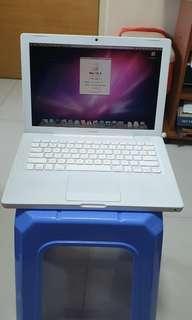 #02 Macbook white mid 2009 4GB 160GB HHD