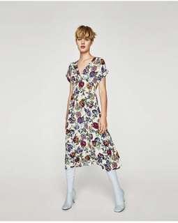 🚚 Zara花卉印花短袖洋裝