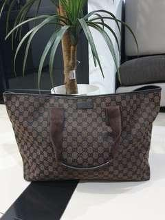 Excellent Gucci large tote gg canvas brown