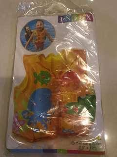 🚚 BN Intex baby life jacket float