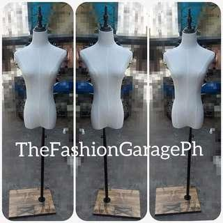 Mannequin French Type in Canvas Cover