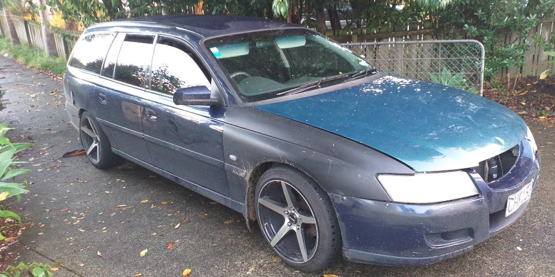 2004 Holden Acclaim V6