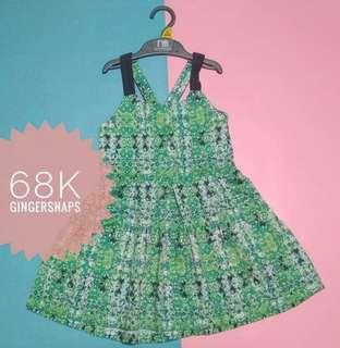 Dress gingersnaps