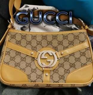 AUTHENTIC NEW GUCCI PURSE