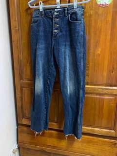 🚚 高磅數 韓國排扣直筒牛仔褲