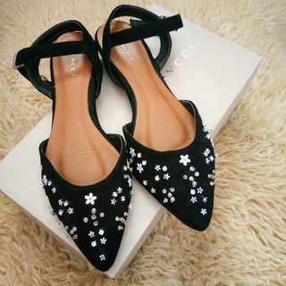 Vincci Beaded Flat Shoes