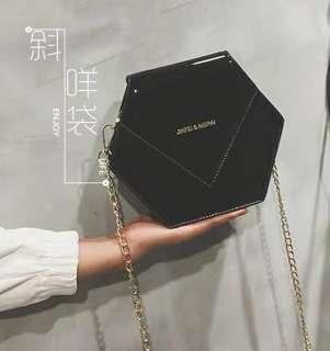 黑色斜咩袋 handbag