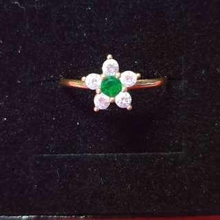 Rositas Ring 18k Saudi Gold signity stones