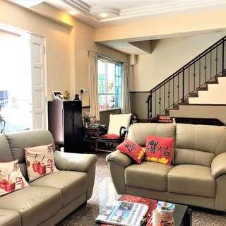 CORNER TERRACE HOUSE @ KOVAN LANDED ENCLAVE - IDEAL FOR SMALL FAMILY