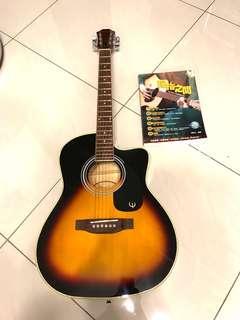 吉他與琴譜(附DVD)及吉他背包與哩哩扣扣